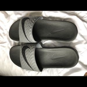 Nike Men's sandals, size 12, **bonus 3 pr Old Navy